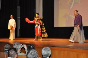 日本と中国    異色のコラボ